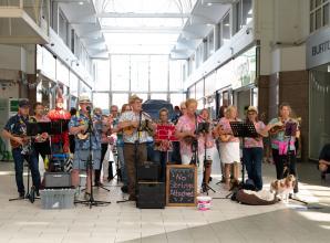 Maidenhead Town Show raises more than £1,200 for charity